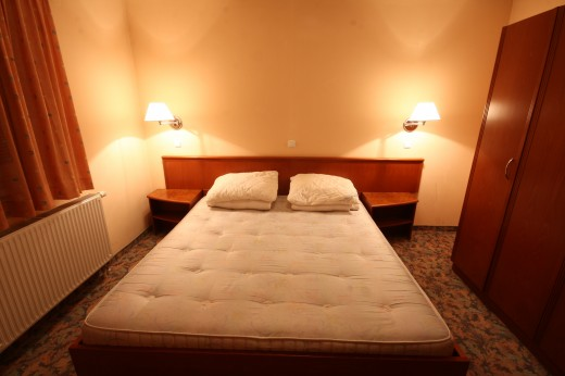 Atomske toplice - spalnica