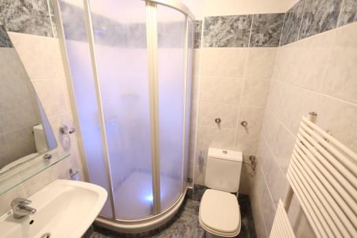 Atomske toplice - kopalnica